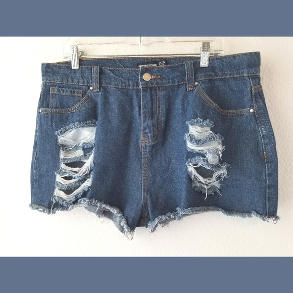 PrettyLittleThing Pants - PrettyLittleThing Distressed Denim Shorts Sz 12